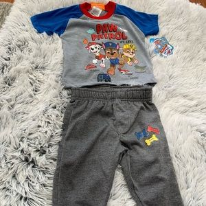 Nickelodeon Paw Patrol Outfit NWT